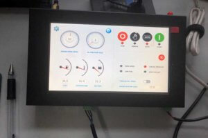 Bivocom HMI Touch Screen 4G IoT Edge Gateway