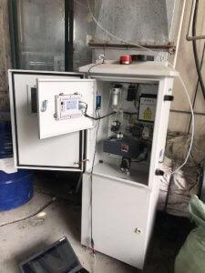VOCs sensor and meter, alarm light